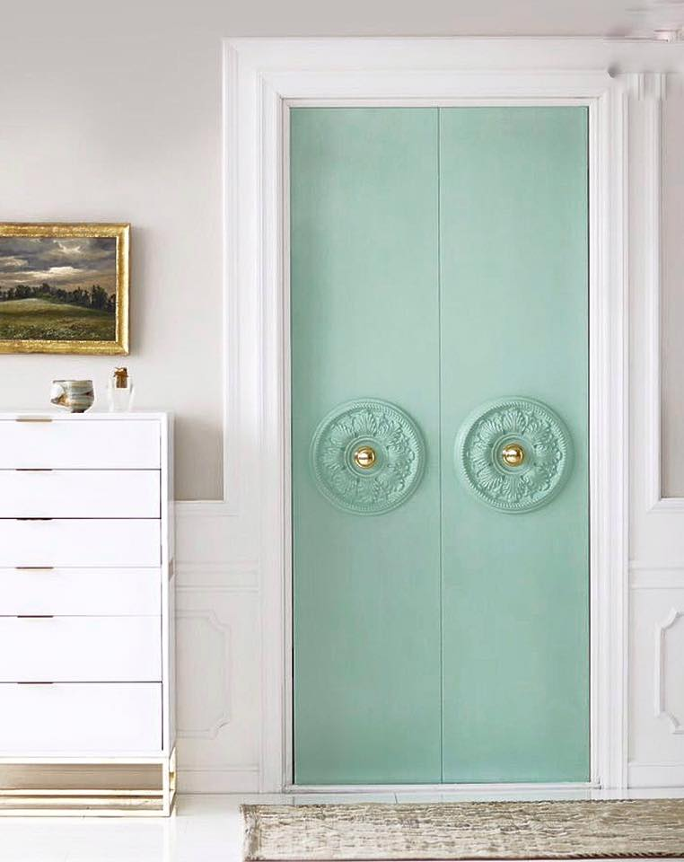 Stiltje grön dörr